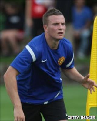 Manchester United midfielder Tom Cleverley