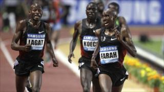 Fabulous Mo Farah breaks British record