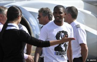Samuel Eto'o arrives on Moscow on Thursday (pic from FC Anzhi)