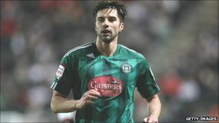 Aberdeen signing target Rory Fallon