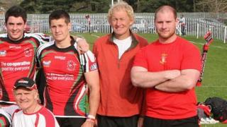 Phil Melling (centre) with Wales Students and coach Clive Griffiths (bottom left)
