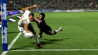 England's Ryan Hall scores a one-handed try against New Zealand