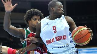 Great Britain's Luol Deng (right0