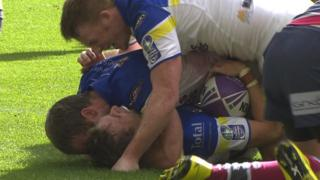 Hodgson try wins cup for Warrington