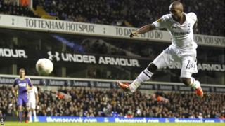 Jermain Defoe scores for Tottenham against NK Maribor