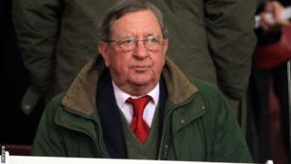 Arsenal chairman Peter Hill-Wood
