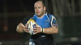 Glasgow Warriors prop Mike Cusack