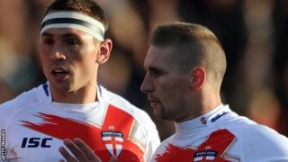 Kevin Sinfield (left) and Sam Tomkins (right)