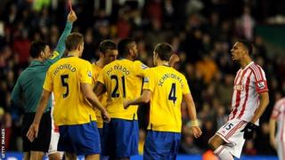Stoke's Steven Nzonzi is sent off