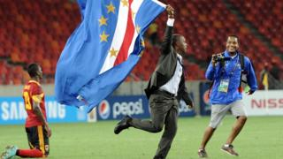 Cape Verde coach Lucio Antunes celebrates his side's win over Angola and qualification for the quarter-finals