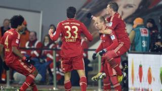 Bayern Munich players celebrating against Wolfsburg
