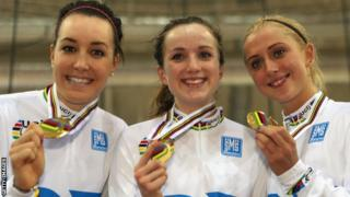 Elinor Barker (centre) with Dani King and Laura Trott