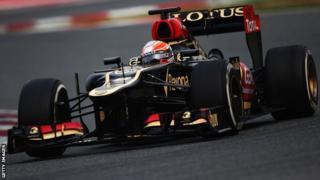 Romain Grosjean driving Lotus Formula 1 car
