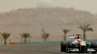 Paul Di Resta drives at Bahrain