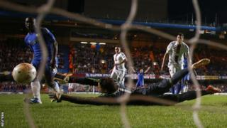 Victor Moses scores Chelsea's second