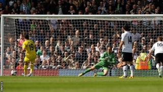 Reading's Hal-Robson Kanu scores a penalty against Fulham