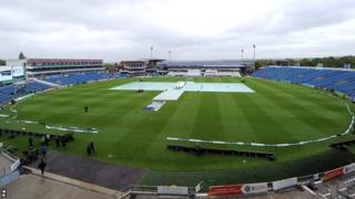 Headingley under cover