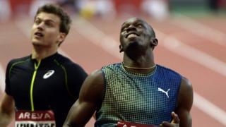 Usain Bolt wins 200m in Paris