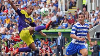 Wayne Rotledge in action for Swansea at Reading