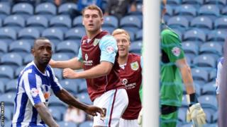 Sam Vokes heads in Burnley's winner