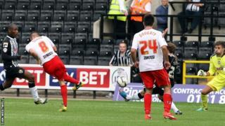Dunne scores Stevenage winner