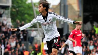 Bryan Ruiz wheels away after equalising for Fulham against Cardiff