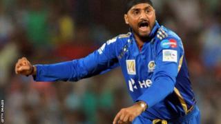 Harbhajan Singh celebrates for Mumbai Indians
