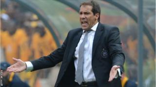 Orlando Pirates coach Roger de Sa