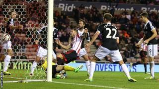 Phil Bardsley scores Sunderland