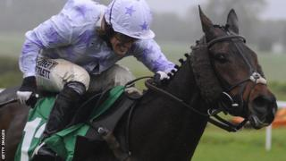 AP McCoy rides Minella for Steak, his 3,999th winner