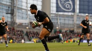 Julian Savea touches down for New Zealand's opening try on an afternoon of high drama at a packed Aviva Stadium