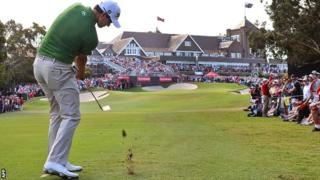 Adam Scott plays to the 18th green in round three at Royal Sydney