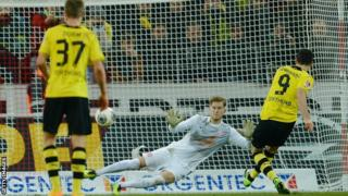 Robert Lewandowski scored twice for Dortmund