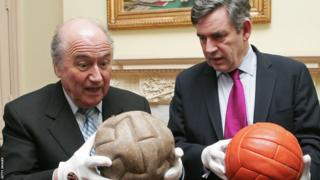 The T-Shape model was used the first World Cup in Uruguay in 1930, as modelled by Fifa president Sepp Blatter (left), with then Prime Minister Gordon Brown holding the ball used in England's 1966 World Cup finals success. There were 12 T panels. This ball had a sewing with lace to be inflated as you can observe on the picture.
