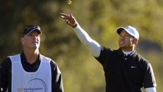 Tiger Woods tests the breeze in round three
