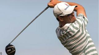 Zach Johnson in second-round action at the Plantation Course in Hawaii