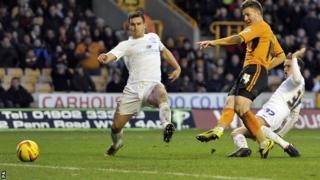 Lee Evans scores for Wolves