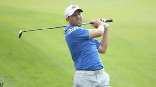 Sergio Garcia swinging club