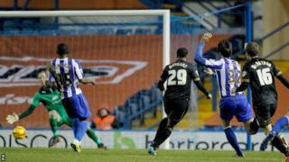 Nicky Maynard scores