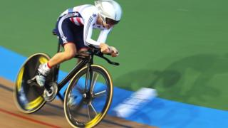 Double Olympic champion Laura Trott wins her second medal at the World track Cycling Championships in Colombia with silver in the Omnium.