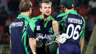 Ireland physio Andrew Dunne comes on to treat Paul Stirling