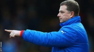 Huddersfield manager Mark Robins