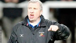 Lyn Jones looking angry as he shouts instructions to the Dragons players