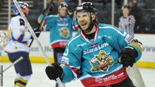 Kevin Saurette scored the only goal as the Belfast Giants beat Fife Flyers