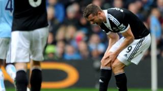 Jay Rodriguez injury 'does not look good'