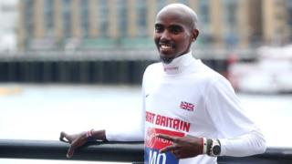 Mo Farah prepares to race in the 2014 London Marathon