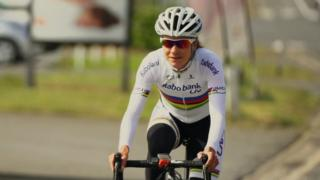 Marianne Vos says Great Britain is 'crazy about cycling'