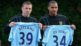 Bellamy signs for West Ham in the 08/09 season. This also marks the first time he took his number 39 shirt.