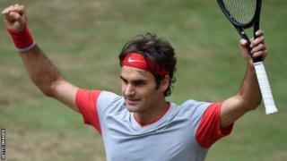 Rogers Federer wins Gerry Weber Open at Halle