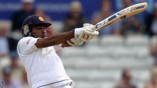 Sri Lanka's Mahela Jayawardene hits out on day three at Headingley